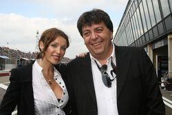 Dannii Minogue en Tony Teixeira, A1GP