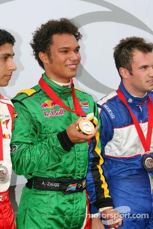 Race 1 winnaar Adrian Zaugg