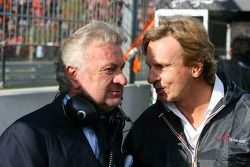 Willi Weber, Seat Holder A1Team Duitsland en David Sears, Team Manager A1GP Team Duitsland
