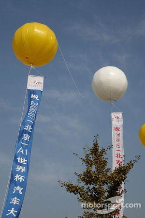 Balloons around the circuit