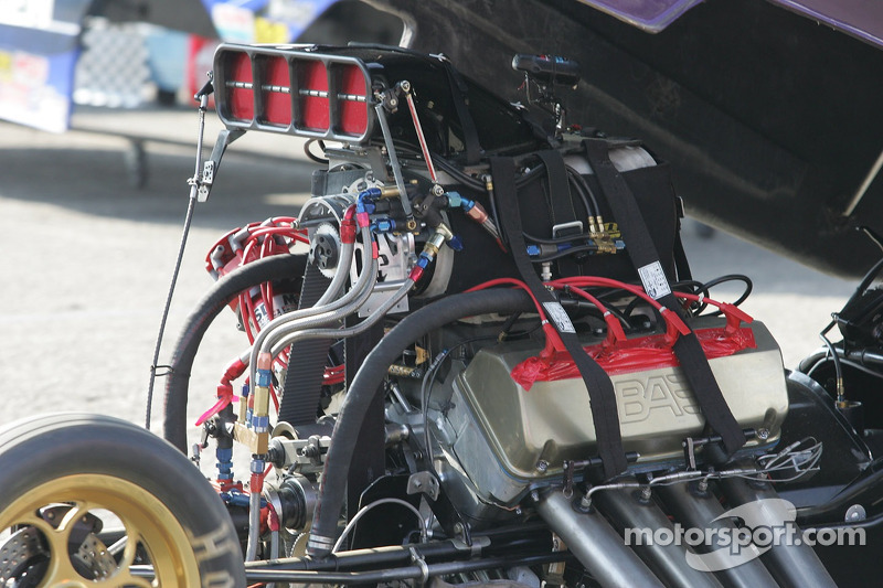 Alcohol Funny Car Engine at Pomona II