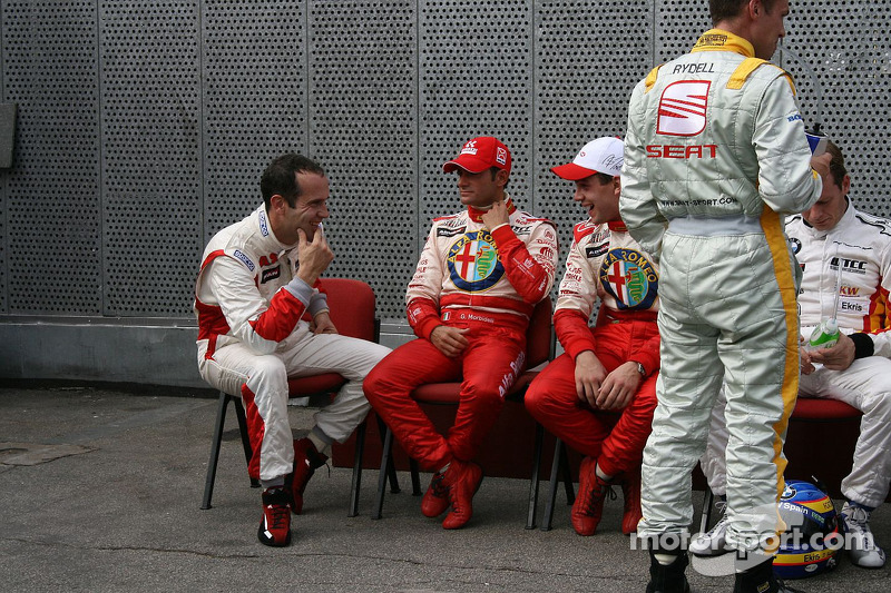 WTCC drivers group picture: Fabrizio Giovanardi