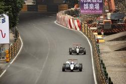 Daisuke Ikeda, Romain Grosjean