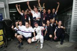 2006 WTCC champion Andy Priaulx celebrates with this team