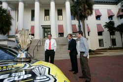 Florida Governor Jeb Bush, Rusty Wallace and Kasey Kahne look on during the NASCAR NEXTEL Cup Series trophy tour at the Florida state capitol