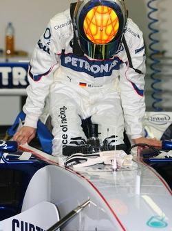 The McLaren моторхоум.