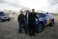 Volkswagen Motorsport test at Strandkai Beach Resort, Hamburg: Mark Keller, Elena Uhlig, Kai Wiesinger
