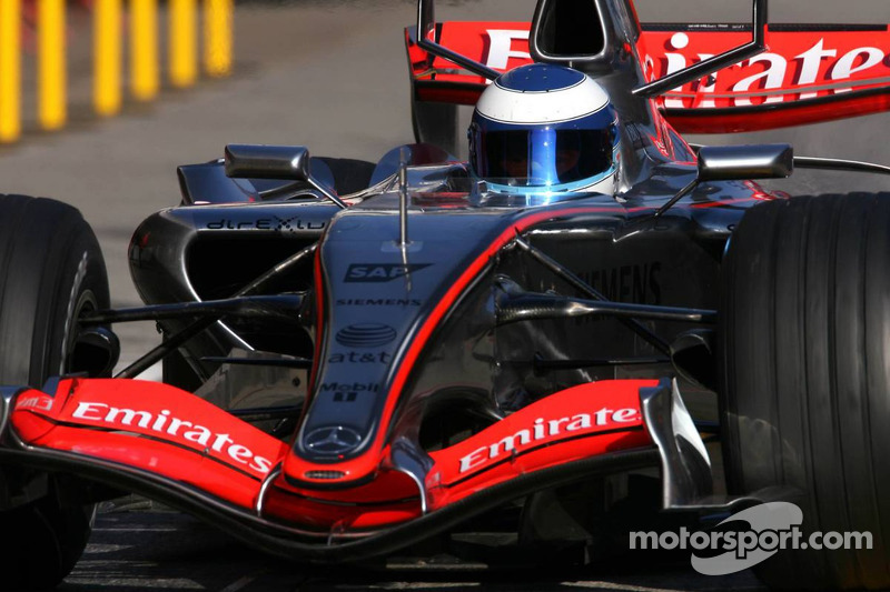 Mika Hakkinen, Test Pilotu for McLaren Mercedes