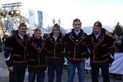 Доктор Марио Тайссен, Петер Заубер, Ник Хайдфельд, Роберт Кубица и Себастьян Феттель, BMW Sauber F1