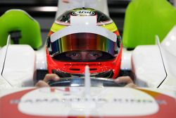 Seat fitting for Giedo van der Garde