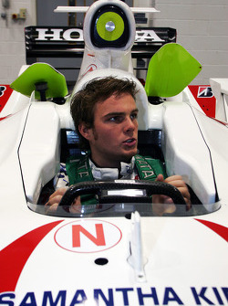 Seat fitting for Giedo van der Garde