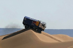 Volkswagen Motorsport test in Dubai: MAN L90 of François Verbist, Lee Palmer and Arnaud Libois