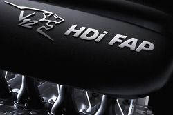 Engine of the Peugeot 908 HDi FAP