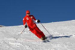 Kimi Raikkonen, ski