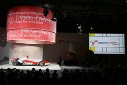 Toyota TF107 is presented