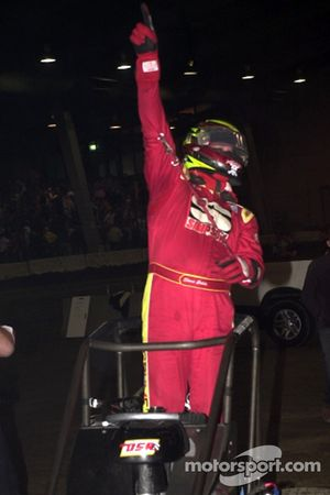 Shane Cottle celebrates his victory in Thursday night's Bass Pro Shops Qualifying Night event