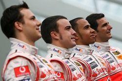 Fernando Alonso, Lewis Hamilton, Pedro de la Rosa und Gary Paffett