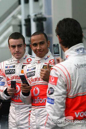 Fernando Alonso, Lewis Hamilton und Pedro de la Rosa