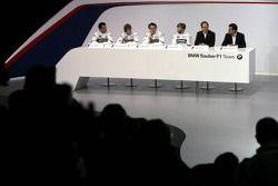 Nick Heidfeld; Robert Kubica; Sebastian Vettel; Timo Glock, BMW Sauber; Dr. Mario Theissen, BMW-Moto