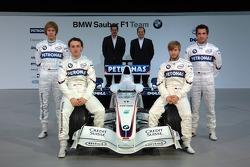 Dr. Mario Theissen, BMW Motorsport Director, Sebastian Vettel, Nick Heidfeld, Robert Kubica, Timo Gl