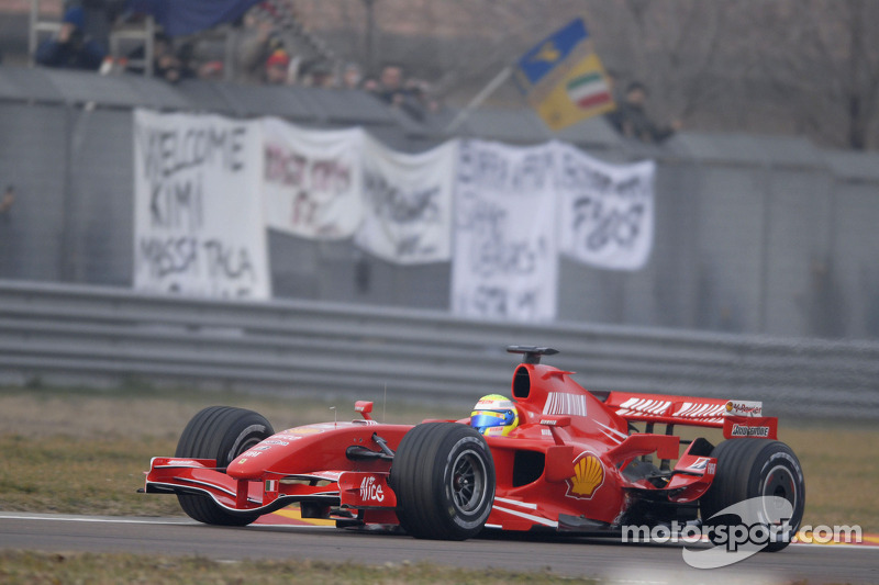 Felipe Massa prueba el Ferrari F2007