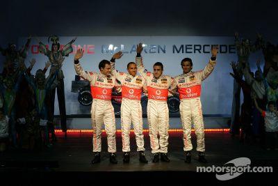 Lanzamiento del McLaren Mercedes MP4-22