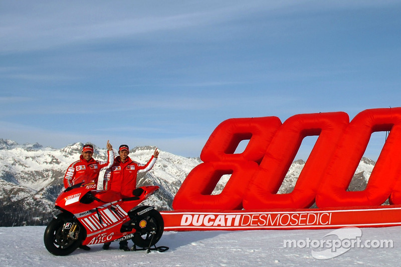 Casey Stoner and Loris Capirossi with the Ducati Desmosedici GP7