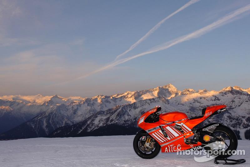 The Ducati Desmosedici GP7