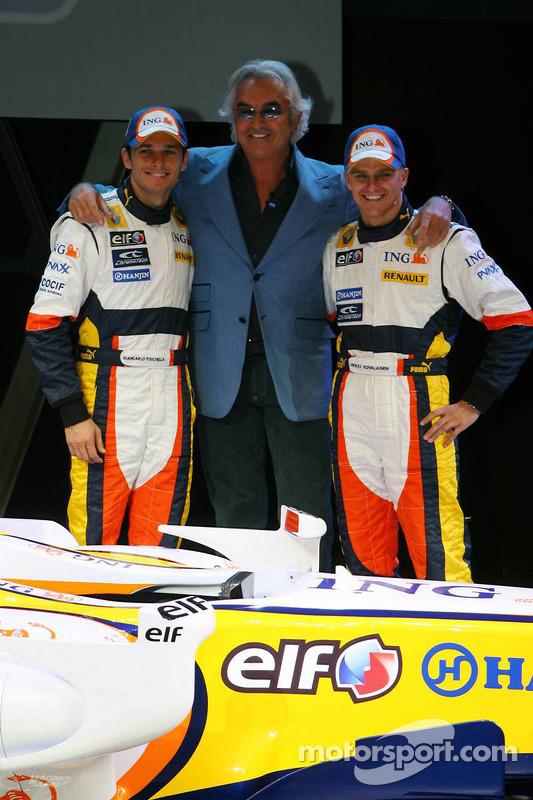 Flavio Briatore with Giancarlo Fisichella and Heikki Kovalainen
