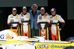 From left to right: Ricardo Zonta, Nelson A. Piquet, Flavio Briatore, Giancarlo Fisichella and Heikk