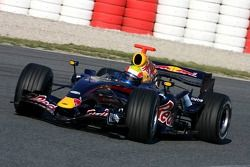 Mark Webber en el nuevo Red Bull Racing RB3