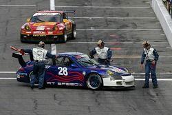 L'At Speed Motorsports Porsche GT3 Cup (Ian Baas, Joel Feinberg, Bruce McQuiston, Joe Safina) en dif
