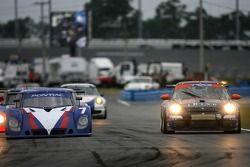 #7 SAMAX Pontiac Riley: Roger Yasukawa, Tomas Enge, Chris Festa, #66 TRG Porsche GT3 Cup: RJ Valenti
