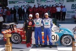 DP podio ganadores Scott Pruett, Juan Pablo Montoya, Salvador Duran