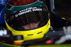 Alan van der Merwe gets ready for practice