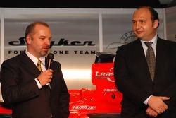 Mike Gascoyne; Teamchef Colin Kolles, Spyker-Ferrari