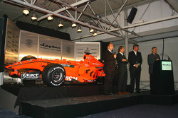 Colin Kolles; Michiel Mol; Victor Muller, Spyker-Ferrari; Tony Jardine, TV-Moderator