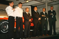 Christijan Albers; James Key; Mike Gascoyne; Colin Kolles; Michiel Mol; Victor Muller, Spyker-Ferrari