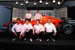 Christijan Albers, Adrian Sutil, Fairuz Fauzy, Adrian Valles, Markus Winkelhock ve Giedo van der Garde