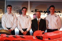 James Key, Christijan Albers, Mike Gascoyne ve Adrian Sutil
