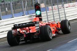 Christijan Albers prueba el Spyker-Ferrari F8-VII 2007