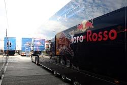 Truck der Scuderia Toro Rosso