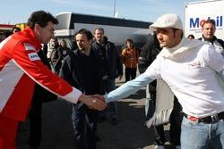 Renningenieur Chris Dyer, Alexander Hitzinger; und Vitantonio Liuzzi, Scuderia Toro Rosso