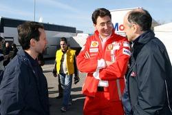 Alexander Hitzinger; Renningenieur Chris Dyer; und Teamchef Franz Tost, Scuderia Toro Rosso