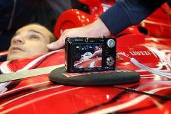 Vitantonio Liuzzi in the new STR2 and a digital camera