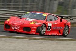 #63 Scuderia Ecosse Ferrari 430: Mullen, Kirkaldy, Niarchos