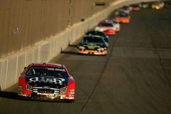 Matt Kenseth leads a pack of cars