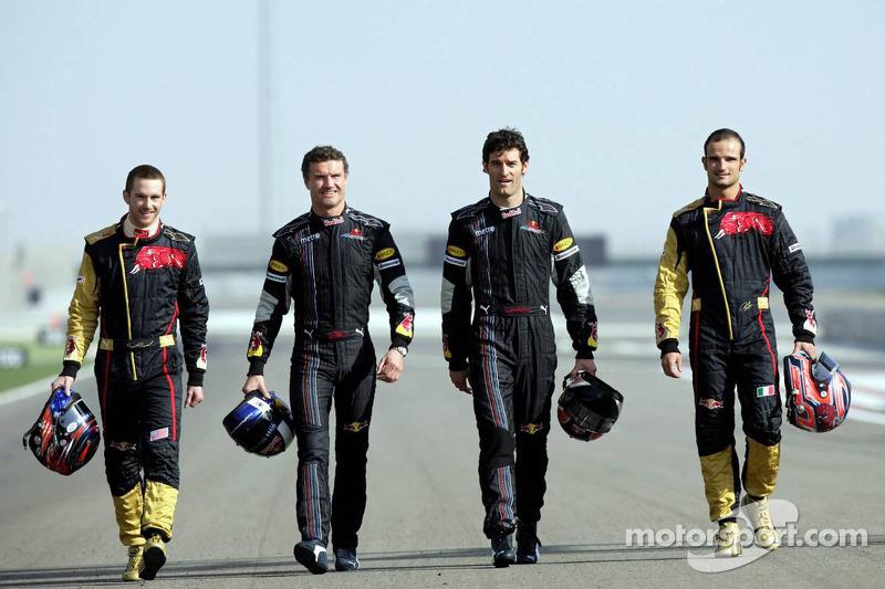 No ano seguinte, o australiano Mark Webber foi contratado para correr ao lado de Coulthard na Red Bull.