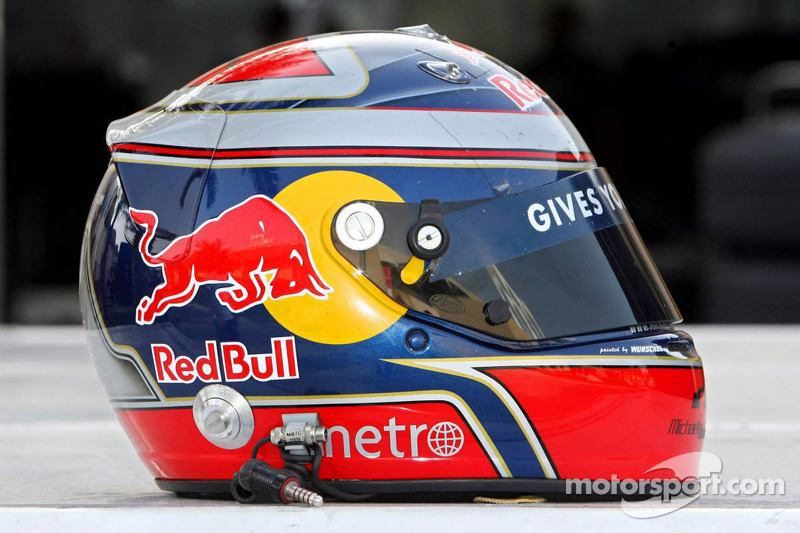 Red Bull Racing and Scuderia Toro Rosso photoshoot: helmet of Michael Ammermuller