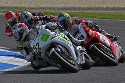 James Toseland succesfully kept Troy Bayliss from taking the lead to take his first ever win at Australia's Phillip Island Circuit